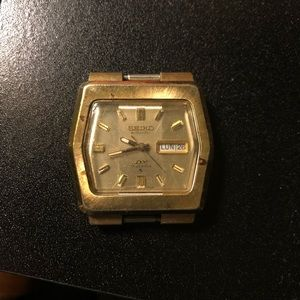*SOLD**Vintage seiko dx 17 jewels *works great